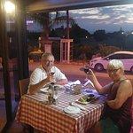 Фотография Sunset Family Restaurant