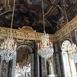 ภาพถ่ายของ The Hall of Mirrors