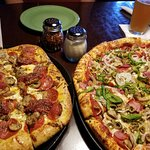 Peegeo's Sicilian and Deluxe Pizza