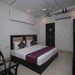 OYO 5387 Hotel Arihant Inn