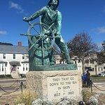 Foto de Fishermen's Memorial Monument
