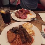 Veggie Breakfast and English Breakfast.