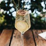 Refreshing Limoncello Spritz!