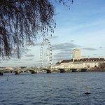 Foto de The Victoria Tower Gardens