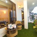 OYO 9454 Hotel Golden Leaf