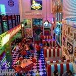 ภาพถ่ายของ V8 American Diner Bangkok