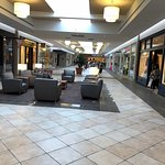Eastview Mall Foto
