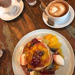 Foto de KRONE, kitchen & coffee