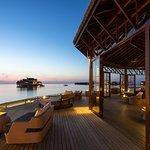 Jumeirah Vittaveli B4R open air deck at sunset
