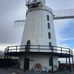 صورة فوتوغرافية لـ Blennerville Windmill