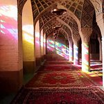 Mosque of Whirling Colours: A Mixture of Architecture and Art