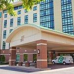 エンバシー スイーツ ホット スプリングス - ホテル & スパ