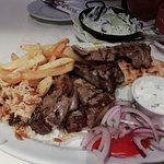 Foto de Pezouli Greek Restaurant