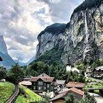 Foto de Lauterbrunnen Valley Waterfalls