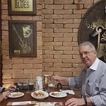 Comemorando um aniversário com boa comida e ótima cerveja