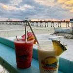 Bild från Sunset Beach Tropical Grill and The Playmore Tiki Bar