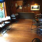 Wobbly Kea Cafe & Bar - seating area