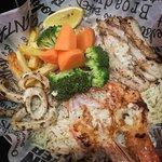 صورة فوتوغرافية لـ Manhattan Fish Market