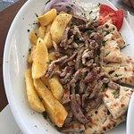 Foto de Nikos Gallop Restaurant
