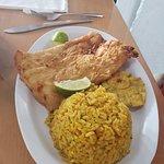 ภาพถ่ายของ La Camaronera Fish Market