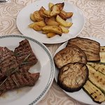 Tagliata, grilled vegetables and roasted potatoes