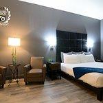 Wood River Inn & Suites
