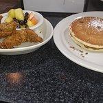 Crossroads Diner's Yum-Yum!!!