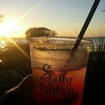 The Salty Pelican Bar & Grill Foto