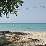 ภาพถ่ายของ หาดโลนลี่บีช