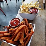 Foto de Stout Burgers & Beer