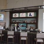 ภาพถ่ายของ Zest Bar & Terrace