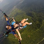 Frontiers Paragliding照片