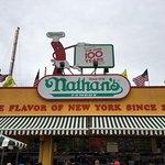 Foto di Nathan's Famous