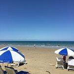Foto van Four Mile Beach