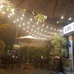 Foto de Le Bon Vivant (LBV) Bistro & Bar
