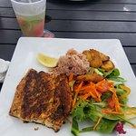 Photo de Cayman Cabana Oceanside Restobar