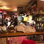 the laundromat cafe Foto