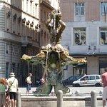 صورة فوتوغرافية لـ Piazza Barberini