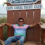 Bild från Boat House Tiki Bar & Grill - Cape Coral