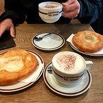 Schmalznudel - Cafe Frischhut의 사진