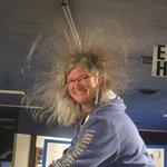 Hair raising Van de Graaff