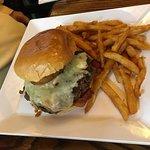 Burger & fries - good