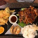 Bento box, teriyaki chicken w/tempura