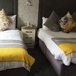 MH CastleArchHotel Meath IE Guestroom Twin