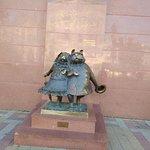 Bilde fra Sculpture Walking Dogs