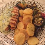 Yamas meze restaurant & weinbar resmi