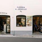 La nostra pizzeria ... A Gradillo