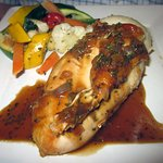 Grilled Chicken Breast w/ Mashed & Seasonal Vegetables