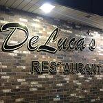 Bild från Deluca's