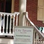 City Tavern의 사진